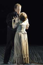 Tenor Garrett Sorenson as Alfredo and soprano Dina Kuznetsova as Violetta, La Traviata, Boston Lyric Opera, 2006