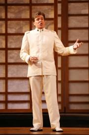 Lieutenant B. F. Pinkerton (tenor Gerard Powers), Madama Butterfly, Boston Lyric Opera, 2006
