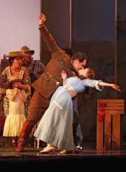 Belcore (tenor James Westman) and Adina (soprano Maria Kanyova), L'eliser d'amore, Boston Lyric Opera, 2008