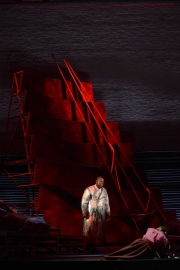 Alfred Walker (The Dutchman) and Olivia Dundon-Duvall (Senta, age 14), The Flying Dutchman, Boston Lyric Opera, 2013